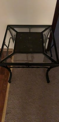 End table  Anchorage, 99515