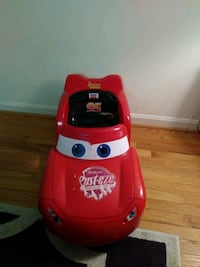 6volt lightning McQueen power wheels car Olney, 20832