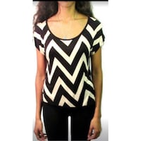 Some s zip zag Open Back Printed Top Size: Large Toronto, M3J 1L7
