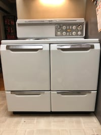 Antique Gurney Electric Stove Burnaby, V5G 2R3