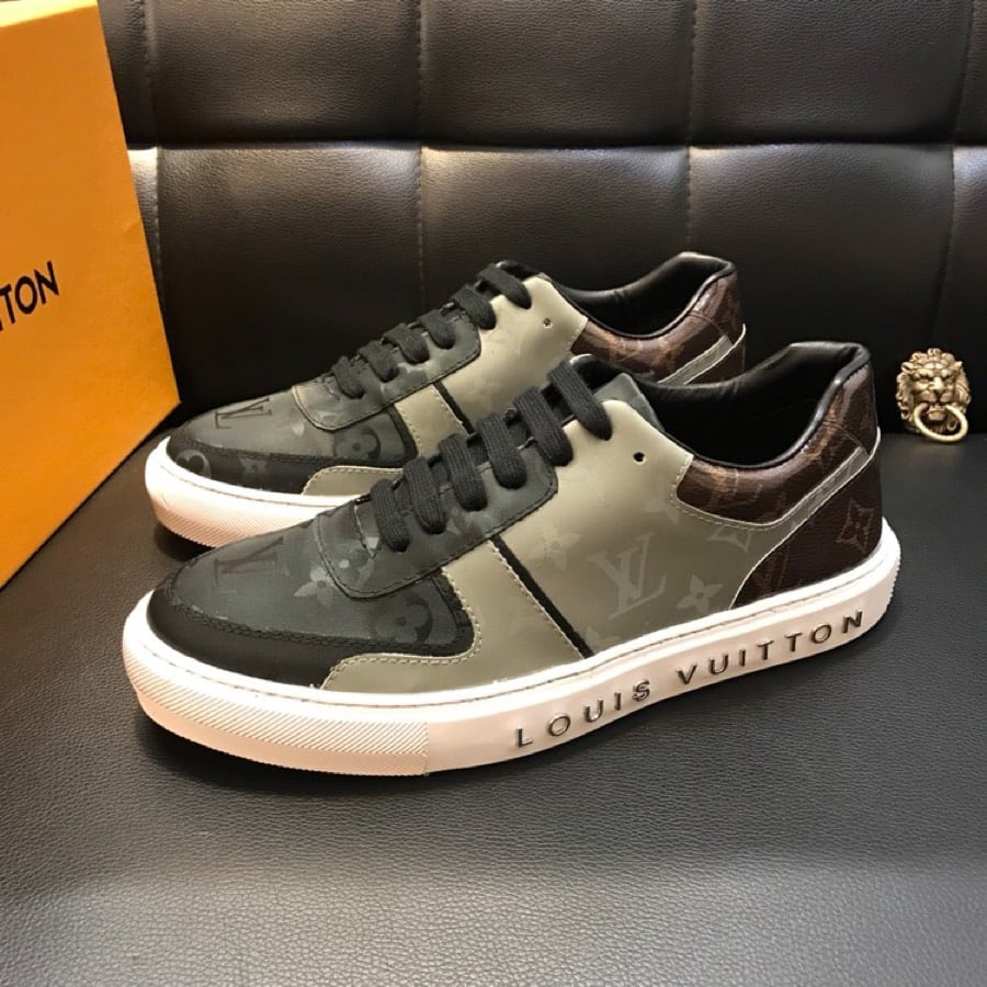 BY ORDER ONLY: Preowned Louis Vuitton Sneakers size 6-46 56d0200e-df04-4362-a6c1-8ae075e35d60
