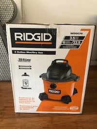 Ridgid wet and dry vacuum cleaner box Seattle, 98125