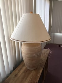 Brown and white table lamp 33 in H Henderson, 89122