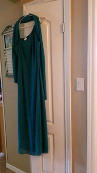 Teal dress, good condition, size 11/12 comes with  Hamilton, L9C 6C7