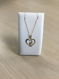 10 k TT butterfly and heart necklace  North Royalton, 44133