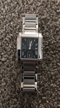 square silver analog watch with link bracelet London, N6G