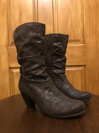Bare Traps ankle boots size 10 Hobart, 54313