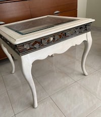 End Table / Corner Table / Coffee Table