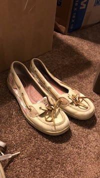 Sperrys Shoes Barely Worn Chicago, 60640