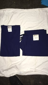 Ua scrubs size m navy blue top and bottom brand new