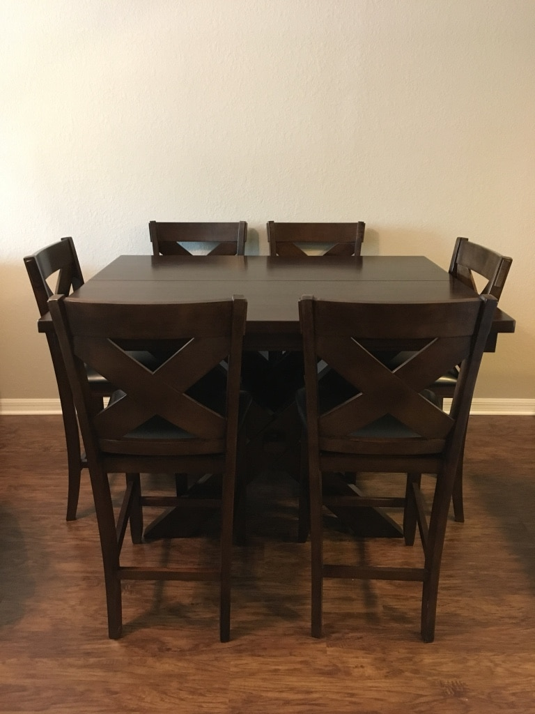 Letgo rectangular brown wooden table with in odessa fl for Table design odessa fl