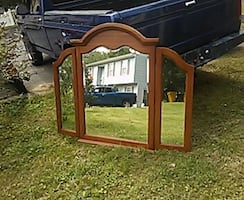 Antique tri-fold dresser mirror