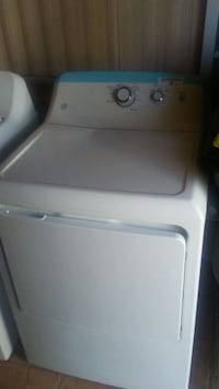 white top-load clothes washer Tucson, 85716
