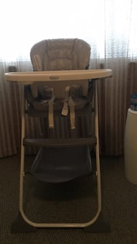 Graco high chair. Like new Moreno Valley, 92557