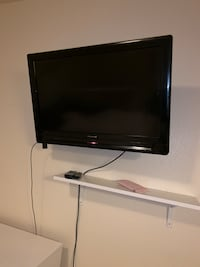 32 in flat screen Oxon Hill, 20745