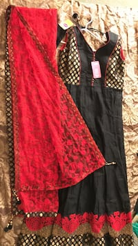 BRAND NEW ! Indian dress suit gown salwar black and red Brampton, L7A 1Y5