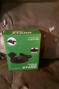 Xbox 1 controller charging stand