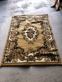 brown and white floral area rug Surrey, V3S 8Z3