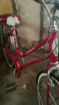 red and black Schwinn bicycle New London, 54961