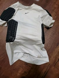 used Nike Shirt with Pads built in size:Large Dallas, 28034
