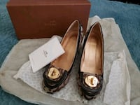 pair of brown leather flats Bowie, 20715