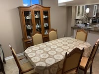 Dining table and chairs with buffet and hutch. Brampton, L6P 2Y3