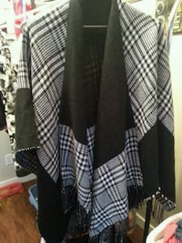 Ladies black/white shawl Regina, S4V