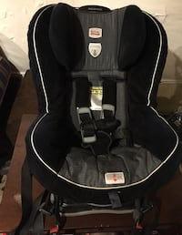 Britax unisex carseat London, N5Y 4K5