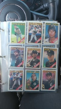 Hundreds of baseball cards from the 80s-90s Winchester, 22601