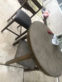 Brown round table with 4 chairs  Los Angeles