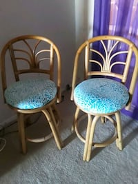 two brown wooden framed blue padded chairs Saint Petersburg, 33708