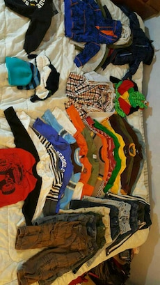 Huge lot of 24 month and 2t boys clothes.