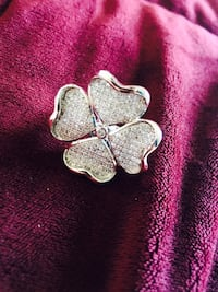 4 heart shaped studded adjustable ring