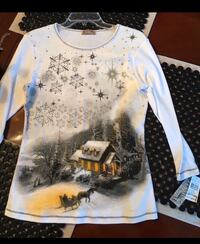 Size Medium NEW Christmas Top with tags Smyrna, 37167