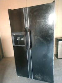 black side-by-side refrigerator with dispenser Alexandria, 22302