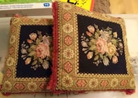two black-and-red floral throw pillows Longueuil, J4J 1M4