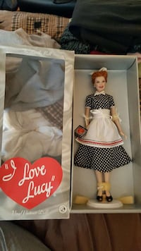 Franklin Mint Lucille Ball Doll Branford, 06405