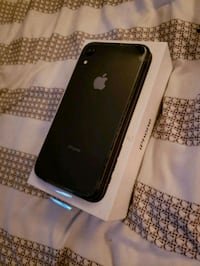 space gray iPhone 7 with box Red Deer, T4P 2A8