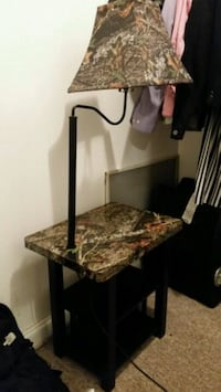 Mossy oak lap and side table combo