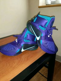 pair of purple-and-blue Nike basketball shoes Hyattsville, 20782