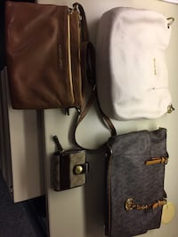 Purses / Year end Clearance Sale- Michael Kors and Coach Wallet Richmond Hill, L4C 6Z1