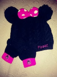 Minnie beanie with mitts fits 3t Monte Alto, 78538