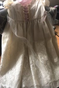 Girls Dress size 9/10 /tags attached  Los Angeles, 90013