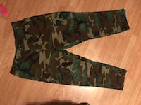 green and brown camouflage cargo pants 1026 mi