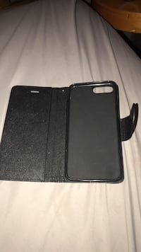 black iPhone case with flip case Montréal, H8P