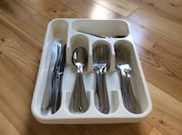 four gray stainless steel cutlery set Boisbriand, J7G 2Z1
