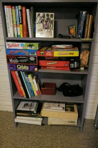 5 level book shelf Washington, 20019