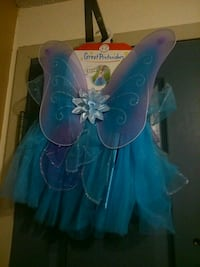 3 peice fairy outfit wings wand skirt  London, N5W 2Y8