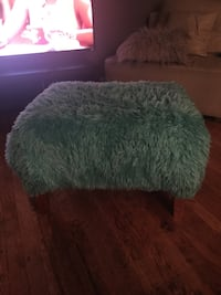 Turquoise Ottoman Suitland, 20746