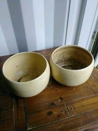 PAIR OF TWO PLANT POTTERS Aitkin, 56431